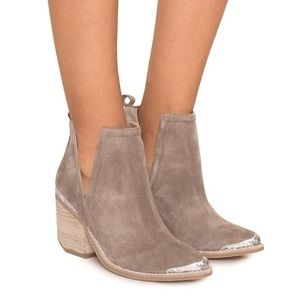 Jeffrey Campbell Cromwell bootie in taupe